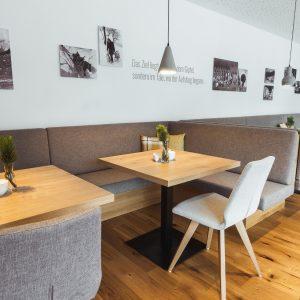 Aparthotel Ursprung - Frühstücksraum