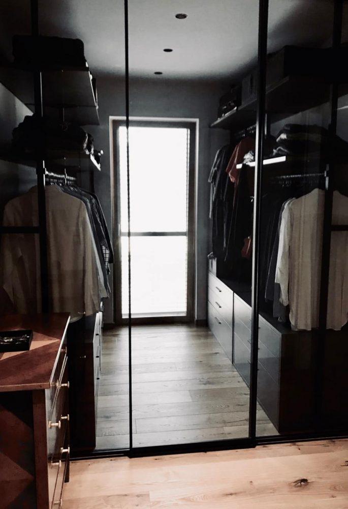 Privathaus - Begehbarer Kleiderschrank